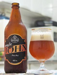 Cerveja Ouropretana Uncle John, estilo Extra Special Bitter/English Pale Ale, produzida por Cervejaria Ouropretana, Brasil. 4.8% ABV de álcool.