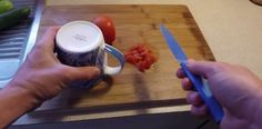 LikeMag - Social News and Entertainment Bude, Tricks, Cleaning Hacks, Plastic Cutting Board, Household, Good Things, Entertaining, Inspiration, Biblical Inspiration