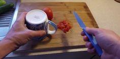 Super trik, ako za pár sekúnd naostriť nôž tak, že bude krájať ako britva