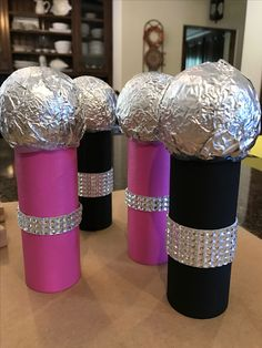 DIY microphones for a Sing movie party for toddlers. So fun to make and they wil… DIY microphones for a Sing movie party for toddlers. Dance Party Kids, Dance Party Birthday, Karaoke Party, Disco Party, Diy Microphone, Sing Movie, Movie Film, Rockstar Party, Diy For Kids