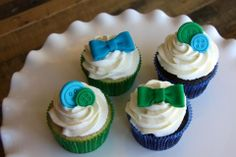 Buttons and Bow Ties cupcakes - boy baby shower Bow Tie Cupcakes, Baby Boy Shower, Baby Showers, Naming Ceremony, Christening, Shower Ideas, Catering Ideas, Baking, Bow Ties
