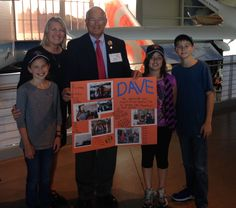 Karen Reid, Principal of Serene Lake Elementary, and students present Dave Wagoner with a thank you card. Photo by Bonnie Hilory