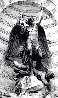 #SaintMichael #Archangel #Statue #Sculpture #Art