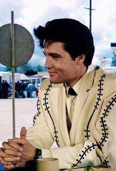 Elvis in Spinout