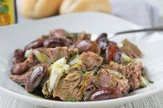 Das Rezept vom Rindfleischsalat mit Käferbohnen kann nur aus der Steiermark kommen. Schmeckt besonders an einem heißen Sommertag. Pizza, Beef, Snacks, Austria, Food, Dressing, Noodle Salads, Food Dinners, Chef Recipes