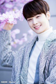 High quality photos of your favorite Kpop artists Asian Actors, Korean Actors, Korean Celebrities, F4 Boys Over Flowers, Cha Eunwoo Astro, Astro Wallpaper, Lee Dong Min, Astro Fandom Name, Park Bo Gum