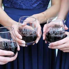 Personalized wine glasses engraved by ScissorMill for weddings. Our custom bridesmaid wine glasses include custom name, title and date engraved on the glasses. Bridesmaid Wine Glasses, Groomsmen Flask, Personalized Wine Glasses, Wine Baskets, Cheap Wine, Wine Delivery, Glass Design