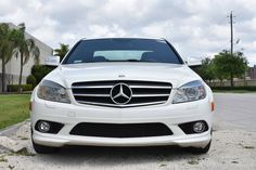 Mercedes C350 Look every detail in our web page
