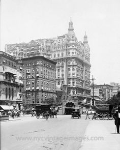 New York City | Broadway and West 71st Street, with the Ansonia Apartments (centre) and the 72nd Street subway station, 1911