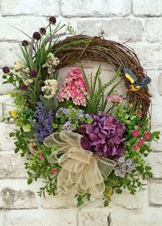 c4d5d1324 50 Fresh Looking Homemade Spring Wreath Decorating Ideas for Front Door