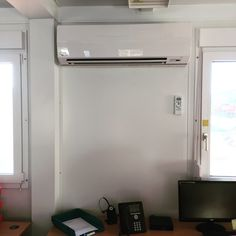 Wow, it\'s a tight fit but this #Toshiba #aircon unit is also a perfect fit for our client in #WelwynGardenCity. The staff love the look of it and the manager loves the 5year warranty. We love a happy customer!! www.hertfordshire...