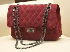 Cheap handbag dust bag, Buy Quality bag purse handbag directly from China handbag mirror Suppliers: Size: L26*H17.5*W7.5cmMaterial: Faux Suede/VelvetColor: Black/Purple/Red