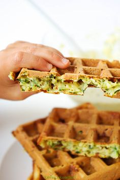gofry cukiniowe (10) – Kawa i Czekolada Waffle Recipes, Vegan Recipes, Cooking Recipes, Cheat Meal, Good Food, Food And Drink, Healthy Eating, Lunch, Meals