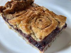 Csavaros szilvás pite | egy.hu Food, Caramel, Essen, Meals, Yemek, Eten