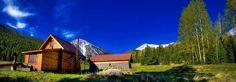 Přejeme Vám krásné ráno! http://www.drevostavitel.cz/clanek/drevene-chaty-a-chalupy-postavene-na-krasnych-mistech/2640