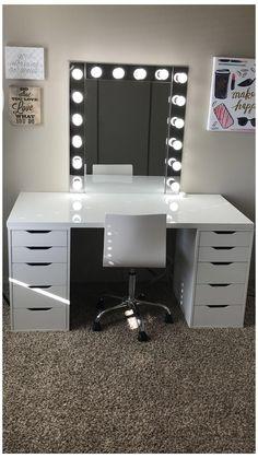 Makeup Room Decor, Makeup Rooms, Bedroom Desk, Room Ideas Bedroom, Diy Bedroom, Bedroom Storage, Bedroom Furniture, Bedroom Small, Deco Furniture