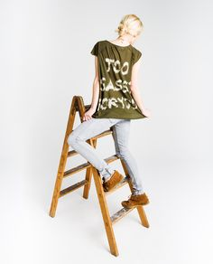 http://www.thehiptee.com/es/mujer/902-rudy-oversize-tee-reverse-c-military-green.html