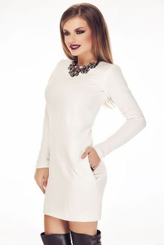 Fashion Trends Romania: Rochie Indyra 2017