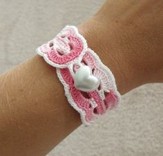 Vintage Inspired Crochet Bracelet in White and Pink with Heart Clasp.