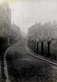 Back Bryson Terrace, Shieldfield, Newcastle upon Tyne by Newcastle Libraries