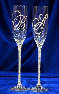 me ~ 2019 Wedding Champagne Glasses Table Decor Ideas Champaign Glasses, Wedding Toasting Glasses, Wedding Champagne Flutes, Toasting Flutes, Wedding Bottles, Decorated Wine Glasses, Painted Wine Glasses, Bride And Groom Glasses, Wine Glass Crafts
