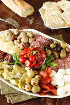 Party-Perfect Antipasto Platter ~ such a beautiful & versatile party dish!   www.thekitchenismyplayground.com