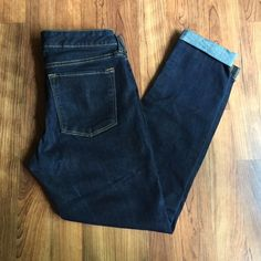 """Banana Republic Dark Skinny Jeans These cuffed dark skinnies are such a wardrobe staple! Great condition! 25"""" inseam. 8"""" rise. True to size. Banana Republic Jeans Skinny"""