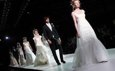 Propuestas de los diseñadores Victorio & Lucchino en la Pasarela Barcelona Bridal Week 2013. Imagen cedida por BBW.