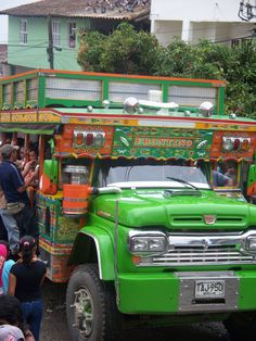 Chiva. Antioquia, Colombia Jeep Willys, Commercial Vehicle, Over The Moon, Old Trucks, Public Transport, Transportation, Travel Tips, Ford, Busses