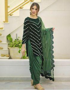 Stylish Dress Designs, Designs For Dresses, Stylish Dresses, Casual Dresses, Punjabi Suits Party Wear, Party Wear Indian Dresses, Simple Pakistani Dresses, Pakistani Dress Design, Patiala Suit Designs