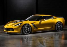 2015 Corvette Z06. Anyone else think they look more and more like Ferrari?