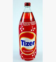 Tizer fizzy drink with a dollop of ice cream Old Sweets, Vintage Sweets, Retro Sweets, Retro Food, 1980s Childhood, Childhood Days, Retro Recipes, Sweet Memories, The Good Old Days