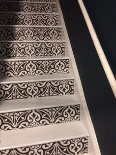 Tiled staircase 🙌🏻