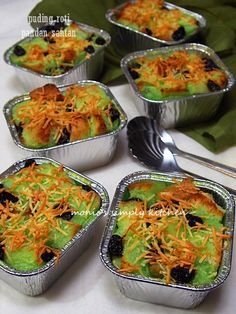 Monic's Simply Kitchen: Search results for puding roti Roti Bread, Bread Cake, Pudding Desserts, Pudding Recipes, Cake Recipes, Pandan Cake, Bread Salad, Traditional Cakes, Asian Desserts