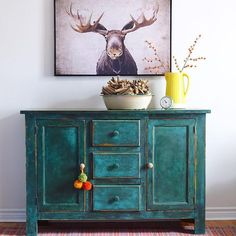 Painted Buffet Sideboard | Chalk Paint®️️ by Annie Sloan in a custom mix of Amsterdam Green, Graphite, and Florence finished with Clear and Black Chalk Paint®️️ Wax | Project by Poppyseed Creative Living
