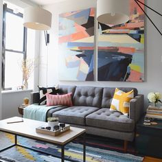 """The big reveal is here! Our west coast creative director @mrorlandosoria descended upon style blogger @justinliv of @scoutsixteen's small NYC living room…"""