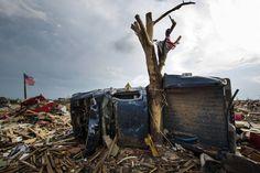 tornado damage in moore, ok