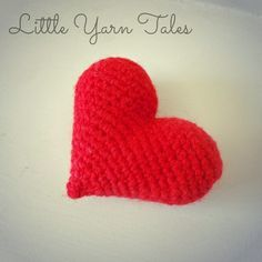 3D Crochet Heart - Free Amigurumi Patten here: http://littleyarntales.tumblr.com/post/111532497834/pattern-3d-crochet-heart