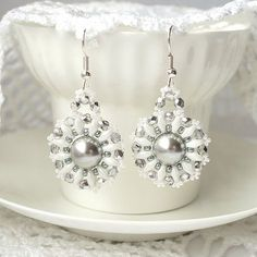 Beaded earrings with Swarovski pearl beadwoven by RitaLovelyBeads