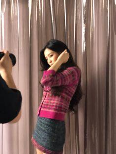 Kpop Girl Groups, Korean Girl Groups, Kpop Girls, Blackpink Jennie, My Girl, Cool Girl, Kim Jisoo, Blackpink Photos, Wall Photos