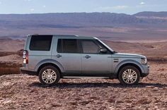 LR4 HSE in Scotia Grey with Split-Spoke Alloy Wheels