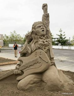 Funzug.com | Mind Blowing Sand Sculpture Contest | World, Title, Competed, Over, Three