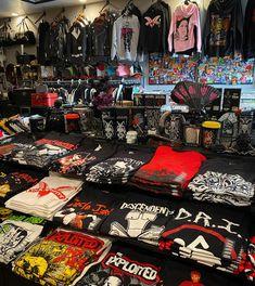 Hundreds of Punk Rock Band Shirts & Sweatshirts Punk Store, Ska Punk, Rock Online, Goth Shoes, Sourpuss Clothing, Psychobilly, Band Shirts, Creepers, Long Beach