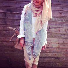 Rose Pants and Hijab | Hashtag Hijab
