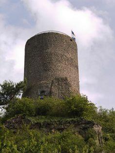 Burg.Vetzberg.Bergfried.01.JPG (2136×2848)