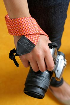 Could also #repurpose a tie for this #diy camera strap.