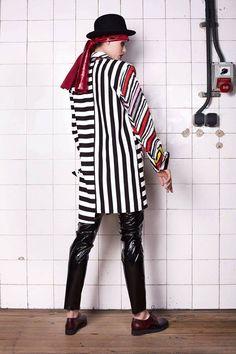 LOOKBOOK ▴AMOK▴ Designer: DARIA GRABOWSKA, our graduate of Fashion School SAPU. #cracowfashionweek #fashionschool