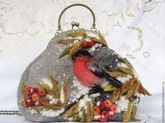"""(Stump work) Сумочка """"в зимнем саду"""" - серый,зима,снегирь,сумка со снегирями,Рябина"""