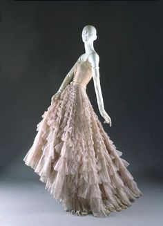 """""""Eugénie"""" Evening Gown, Christian Dior (French, for the House of Dior (French, founded fall/winter French, nylon/leather. Marking: [label] """"Christian Dior/Paris/Made in France"""" Vintage Dior, Moda Vintage, Vintage Gowns, Vintage Couture, Vintage Mode, Vintage Hats, Vintage Clothing, Vintage Ideas, Vintage Style"""