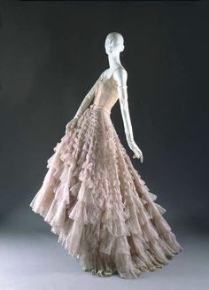 """Christian Dior """"Eugénie"""" dress ca. 1948 via The Costume Institute of the Metropolitan Museum of Art"""